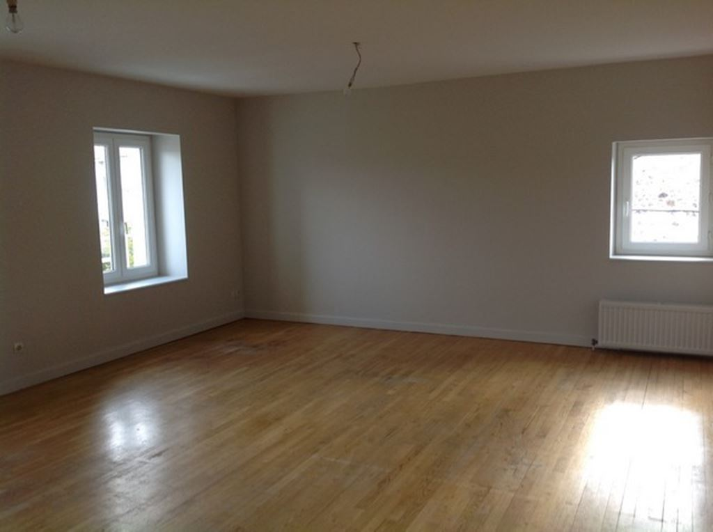 Appartement F2 SAINT JUST MALMONT (43240) CURTIS IMMOBILIER